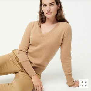 NWT - J. Crew Cashmere V-neck fitted sweater